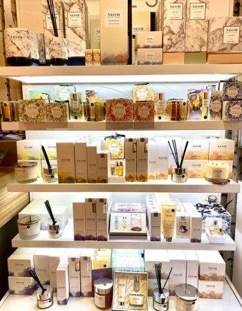 Organic-Neom-Candles-Skin-Clinic-at-Urban-Spa-Beauty-Salon-in-Bishops-Stortford