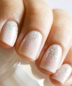 glitter-wedding-nails