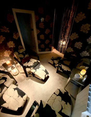 Unwind-in-the-relaxation-room-at-The-Skin-Clinic-at-Urban-Spa-in-Bishops-Stortford
