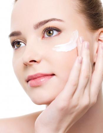 Retinol Treatments, SkinCeuticals Facials, Top Skin Clinic & Beauty  Spa, Bishop's Stortford